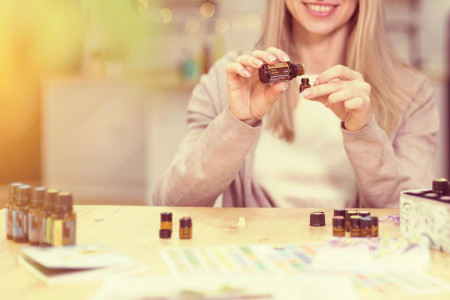 try a sample of doterra essential oils uk -sm